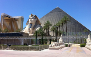 Reviews of the Luxor Hotel & Casino